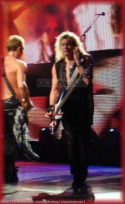 Phil Collen and Rick 'Sav' Savage - Def Leppard - 2009