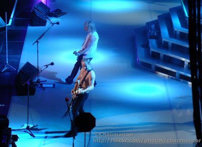 Phil Collen and Rick Savage - Def Leppard - 2008