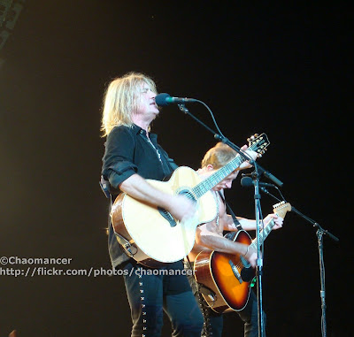 Joe Elliott and Phil Collen - Def Leppard - 2008