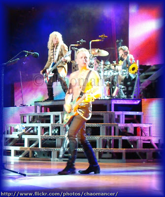 Sav, Phil, and Rick - 2009 - Def Leppard