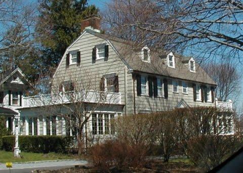 The cascade team real estate the amityville horror house for The amityville house for sale
