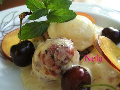 Articole culinare : Inghetata de cirese si piersi cu iaurt