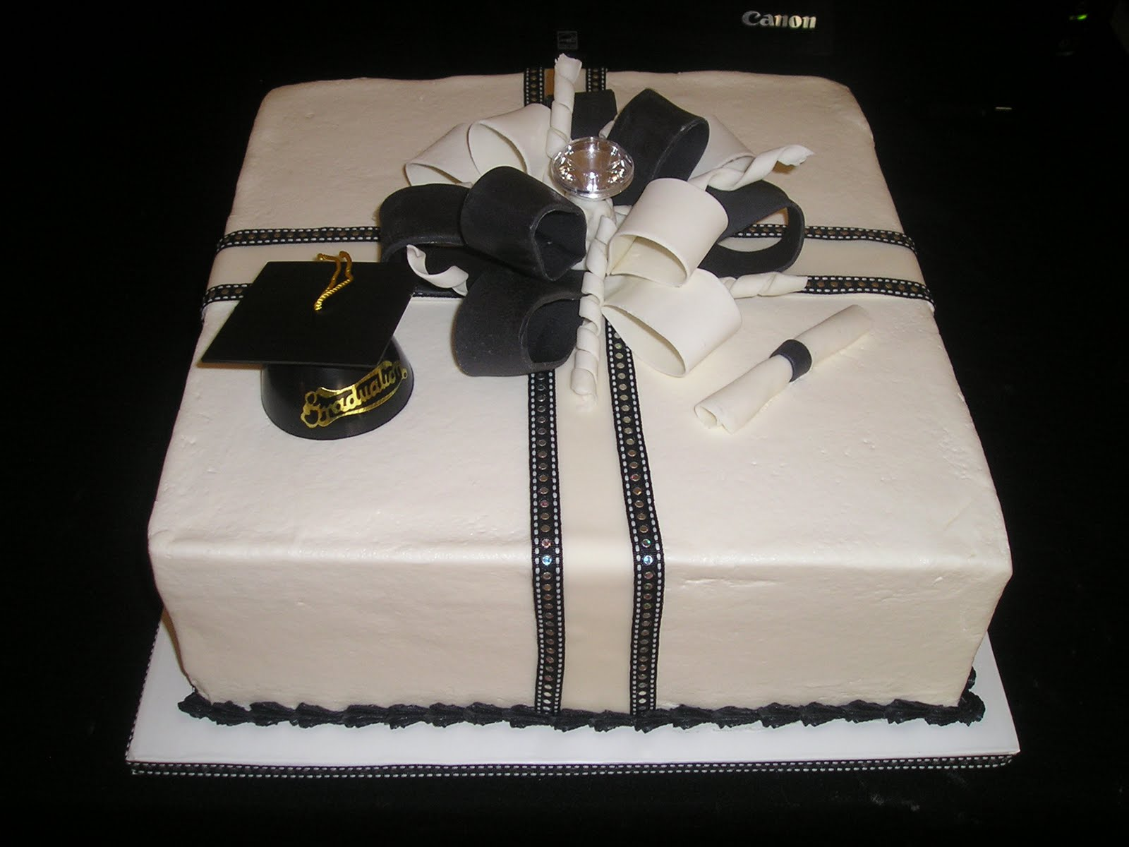 Dee Licious Cakes Bling Grad Cake