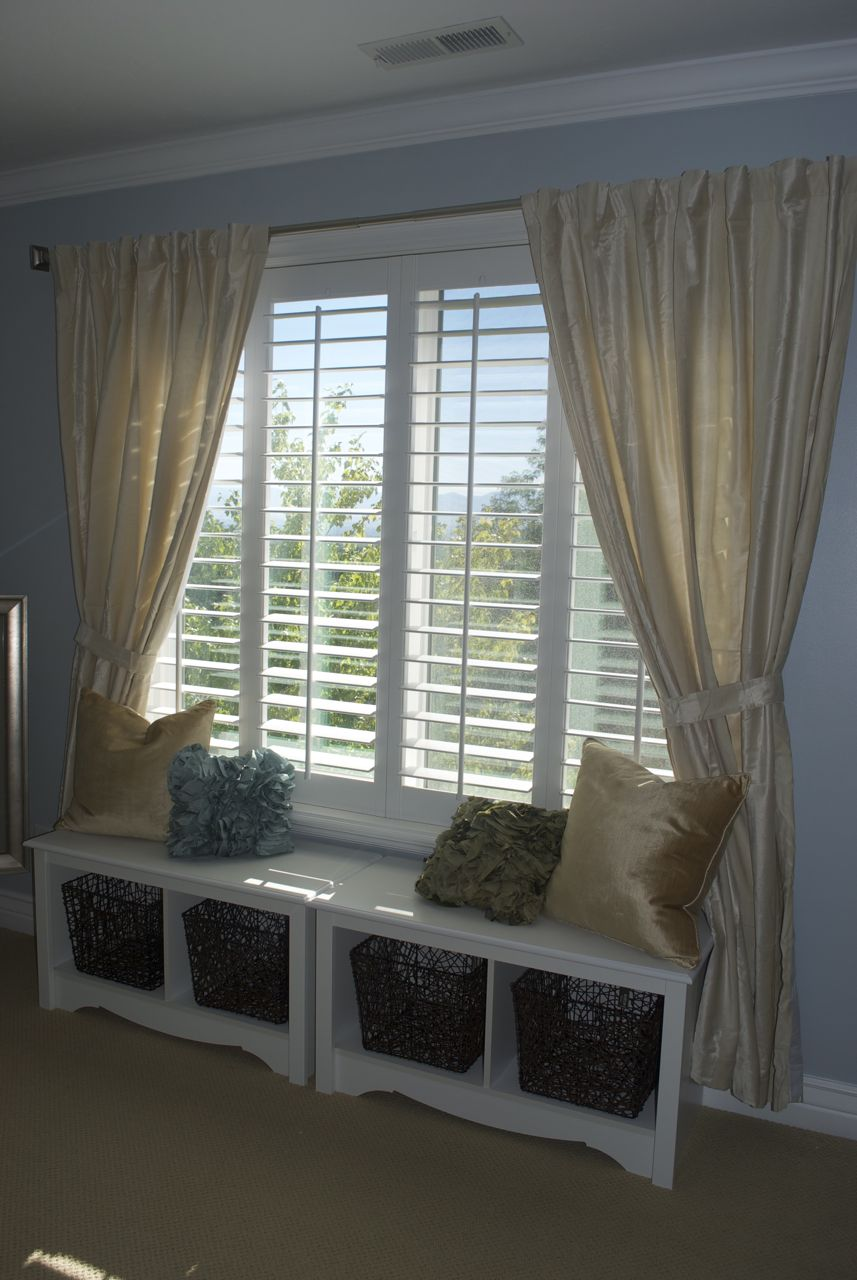 Eclectic window seat - Window seat cushions indoor ...