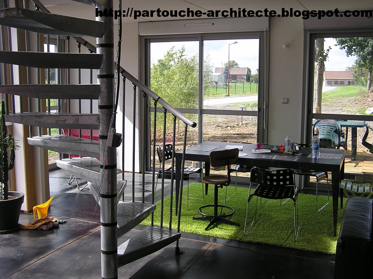 Patrick partouche container house lille for Logement container