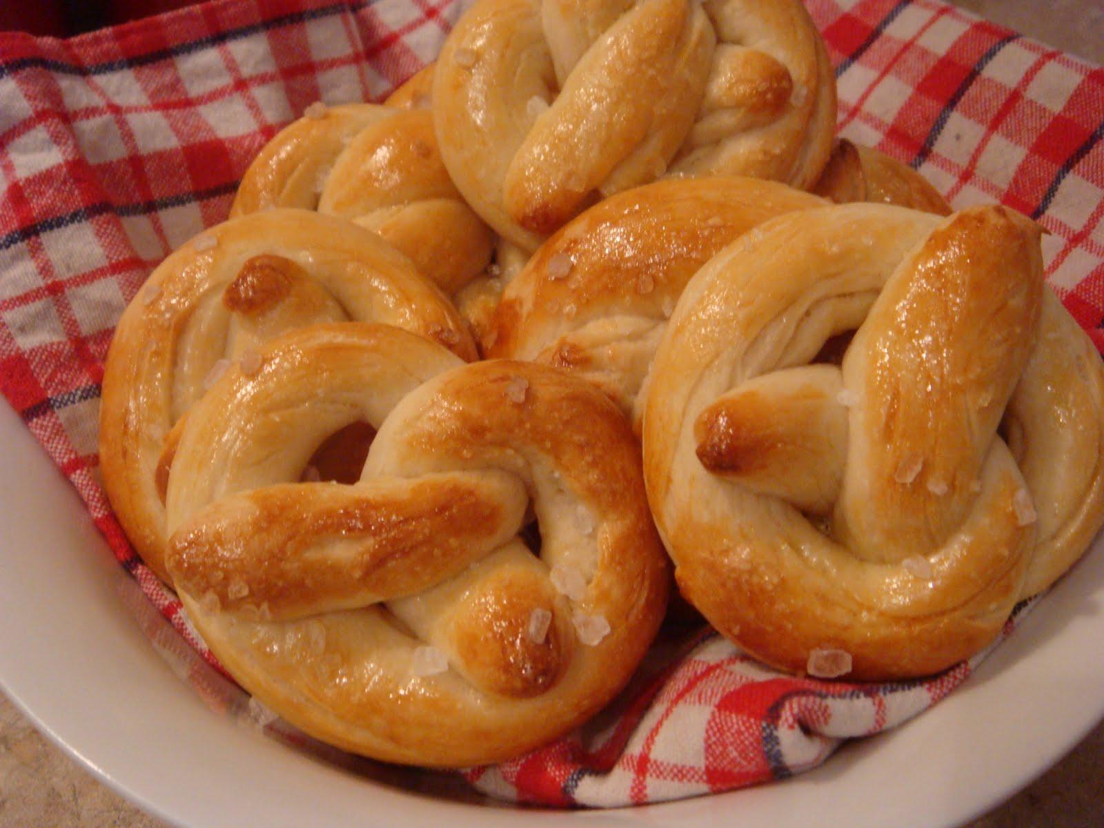butter hearts sugar: Pretty Big Pretzels