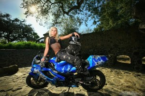 hot chicks on motorcyclesclass=hotbabes