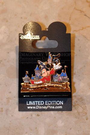 [Hong Kong Disneyland] Celebration in the Air (les 5 ans du Parc) HKDL+2010+5th+Pin+A
