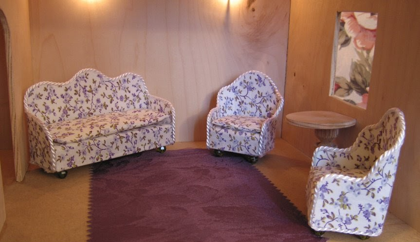 dollhouse decorating make your own dollhouse couch sofa. Black Bedroom Furniture Sets. Home Design Ideas