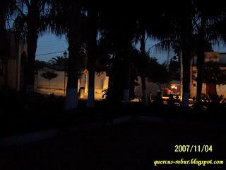 Vista nocturna de la plaza de Matatlán