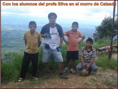 con los alumnos del profesor silva en la cima del morro de calzada