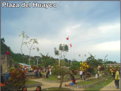 plaza del barrio huayco de lamas, peru