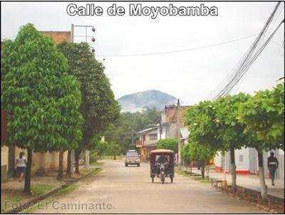 vista del morro de calzada desde una esquina de la plaza de armas de moyobamba (camino a oromina)