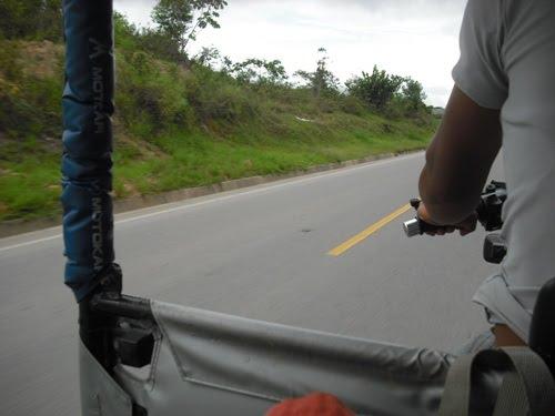 En motocarro rumbo a Tioyacu