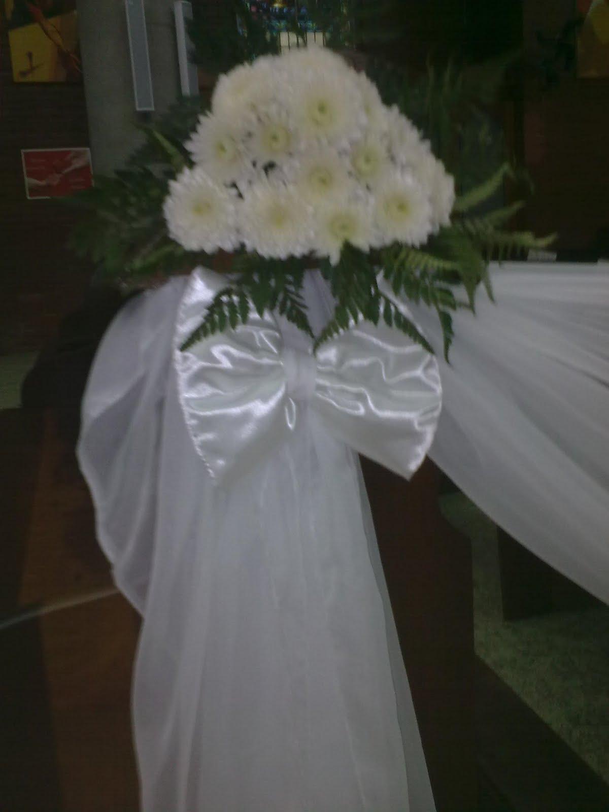 Flores e decorações Staub Decoraç u00e3o de comunh u00e3o -> Decoração Primeira Comunhão Igreja