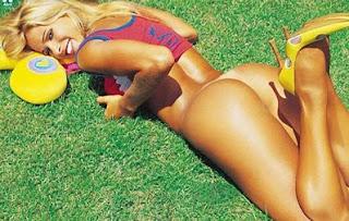 Gatas Famosas Pelada Fotos Da Dani Bananinha Nua Na Playboy