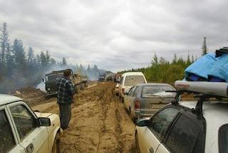 http://2.bp.blogspot.com/_5gy4elFQ16s/S8g-RUjWqqI/AAAAAAAAAkg/L8UwnJTQNB0/s1600/Russian-Siberian-Road-to-Yakutsk.jpg
