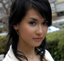 Maria Ozawa - Being one of the popular porn star in Indonesia today