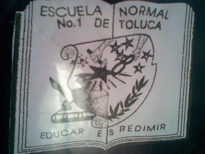 """""""ORGULLOSAMENTE NORMALISTA"""""""