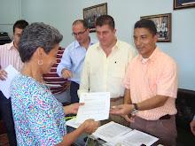 En el Concejo Municipal Alcalde entregó 52 subsidios