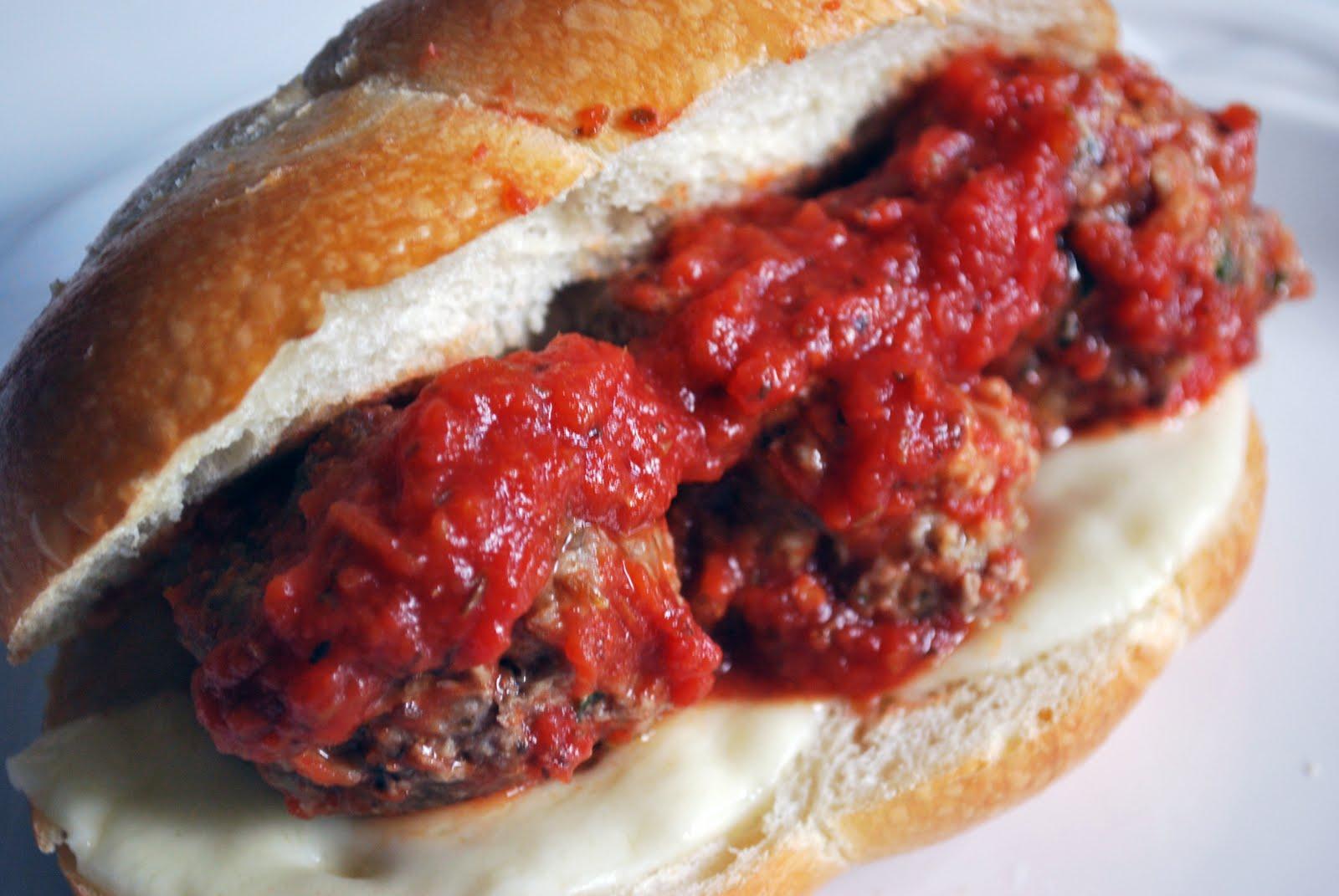 Larissa Another Day: Italian Meatball Subs