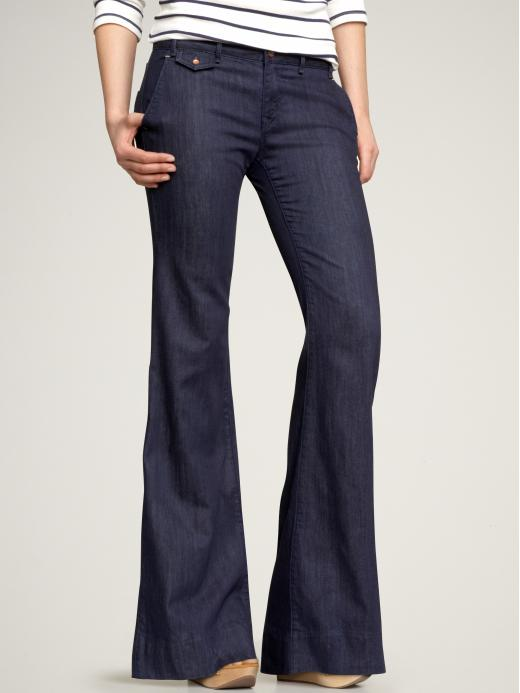 Women's Denim & Blue Jeans. Make dressbarn your denim destination and shop our wide selection of women's denim jeans. You'll find classic fits and flattering silhouettes in all your favorite washes, including dark black, gray, vintage, and medium or dark stone.