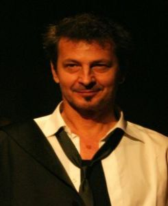 eljko Hrs (Performer/Dramaturg)