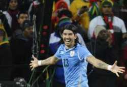 Goles de Uruguay a Ghana Uruguay gana por penales y se clasifica a semifinales