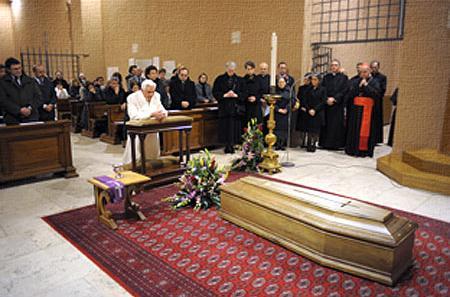 Angela ambrogetti il saluto di papa benedetto a manuela - Stampabile la preghiera del signore ...