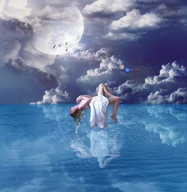 [mulher+e+mar+azul+intenso.jpg]