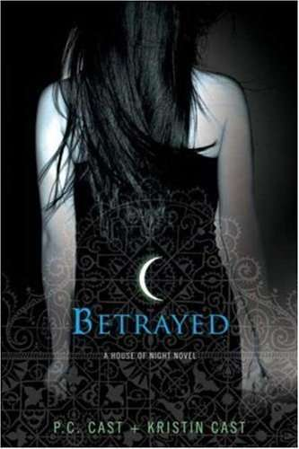 Monster of books betrayed house of night book 2 review 25 for Housse of night