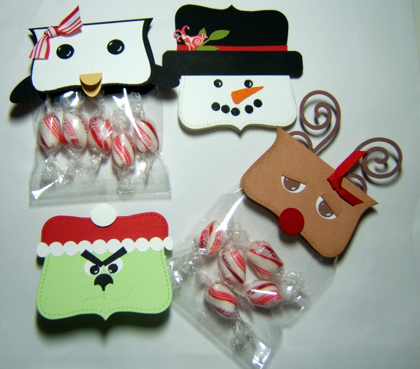 christmas candy bags from stitchin n stampin on paper - Christmas Candy Bags