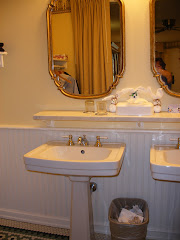 Pedestal Sinks at Port Orleans Riverside