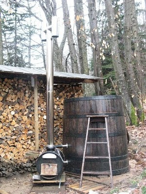 Habitation autonome fabriquer un jacuzzi au feux de bois - Fabriquer bain nordique ...