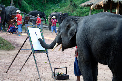 Elephants+creativity+paintings Creativity by Elephants! Believe this or not!