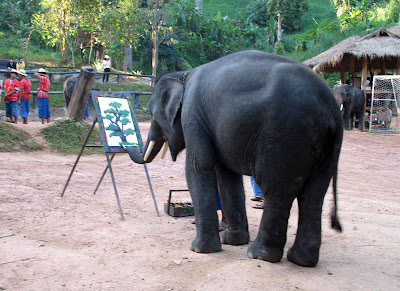 Elephants+creativity+paintings+%285%29 Creativity by Elephants! Believe this or not!