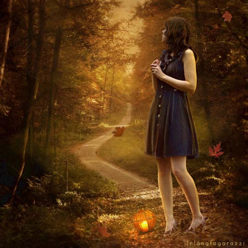 the+path+that+iam+walking 40 Examples of Emotional Female Photomanipulation Art
