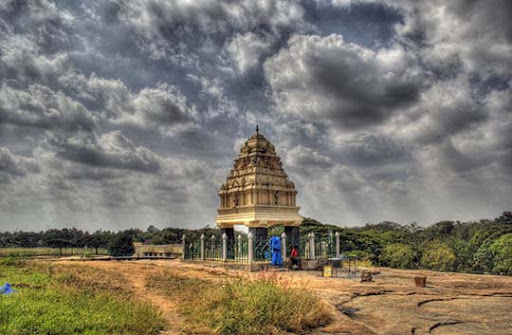 Shrine+at+Lalbagh+Garden,+Bangalore The Incredible India: 90 Spectacular Photos