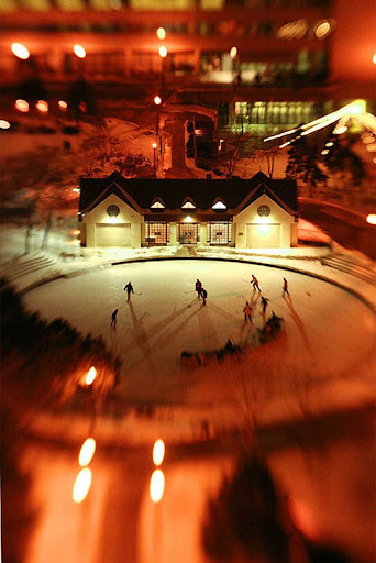 Shinny+Hockey 50+ Beautiful Examples of Tilt Shift Photography