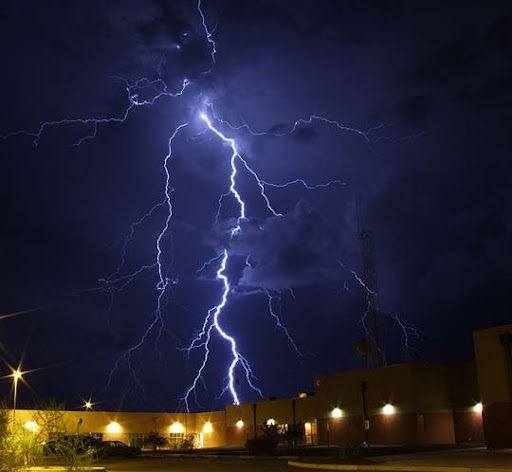 Extreme+Ways Striking and vivid Examples of Lightning Photography