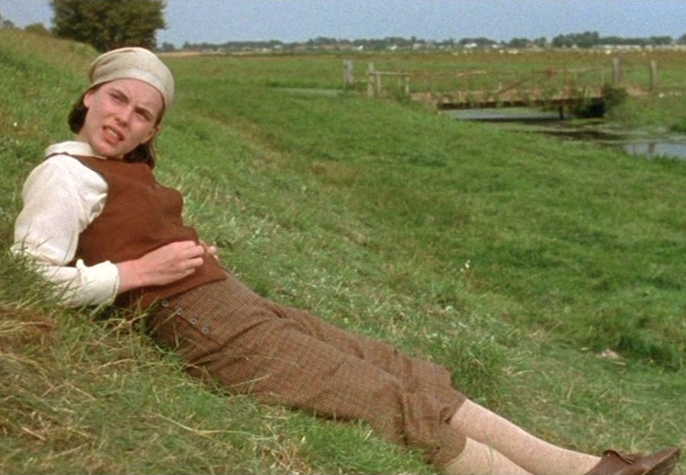 cold comfort farm A hilarious and merciless parody of rural melodramas, cold comfort farm (1932) is one of the best-loved comic novels of all time subjects family .