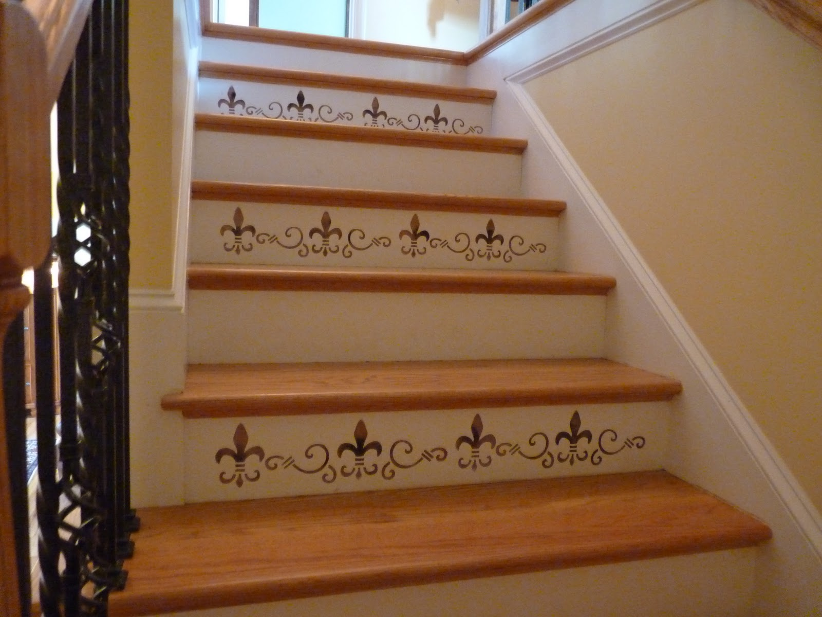Stenciling Stair Risers For Added Beauty