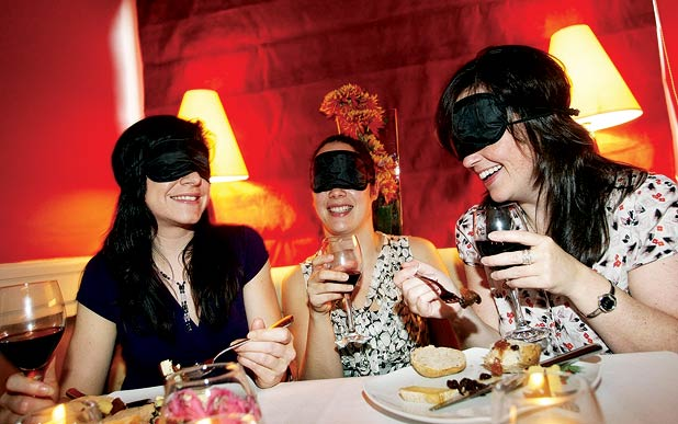 sexbeichten secret blind dinner