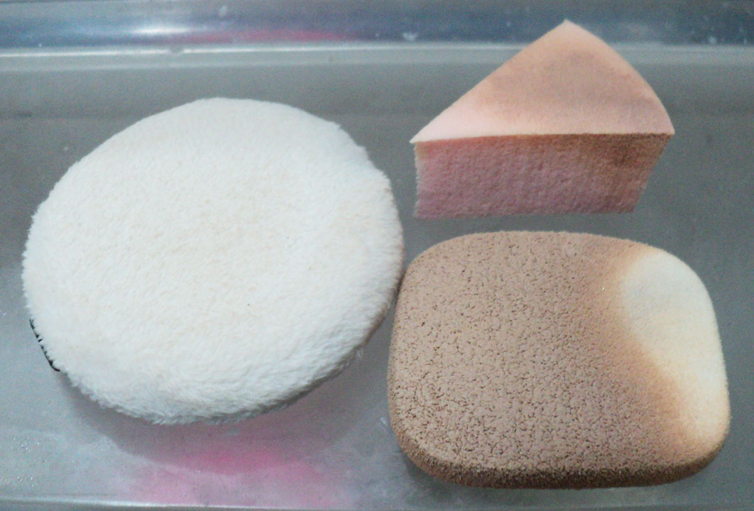 how to clean foundation sponge