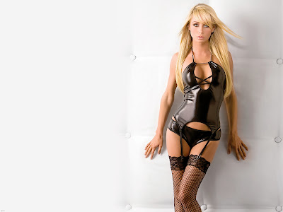 Sara Jean Underwood Wallpaper