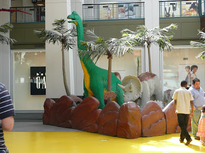 Mall of America Lego dinosoar