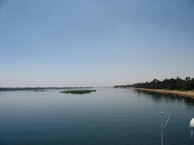 river nile and bank