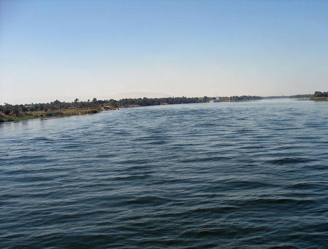 river nile distance