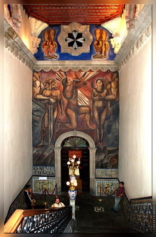 Photo carraol images of mexico city casa de los azulejos for House of tiles mexico city