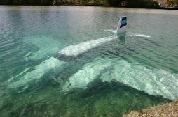 Ook een gebruikelijk transportmiddel in Verwegistan: het onderwatervliegtuig.